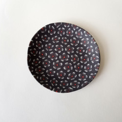 Plate Plum blossoms, black